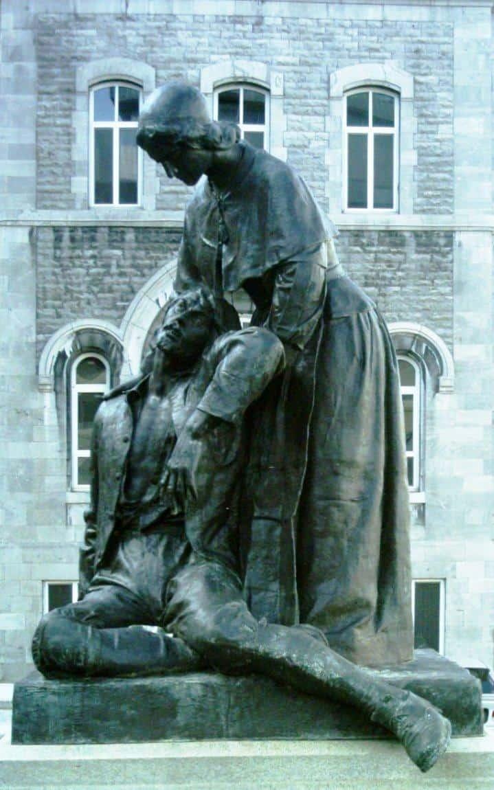 Sculpture : Louis-Philippe Hébert / Photo : Jeangagnon (wikimedia - CC)