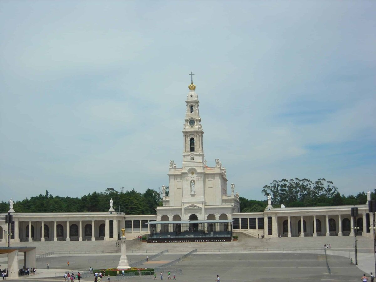 Photo: Sanctuaire Notre-Dame-de-Fatima, Portugal (Wikimedia- CC)