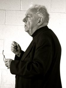 Alasdair MacIntyre (Wikimedia Commons).