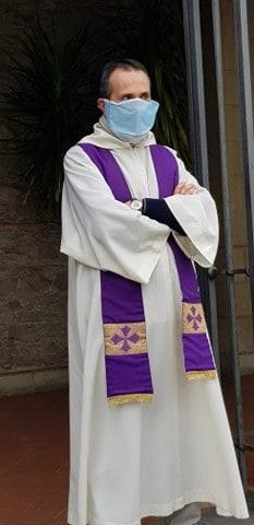 Prêtre italien