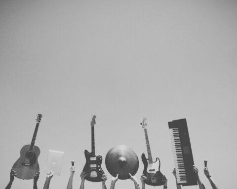 fratelli tutti musique