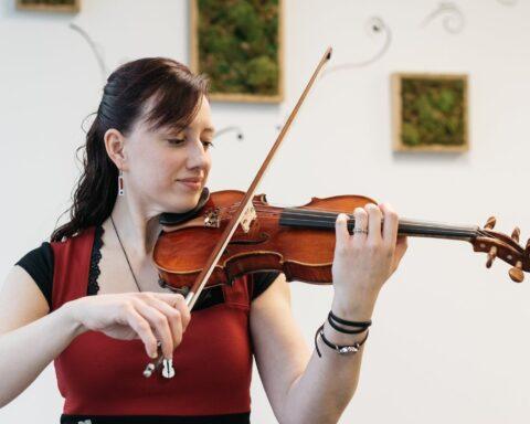 Émilie Bélanger par la musique